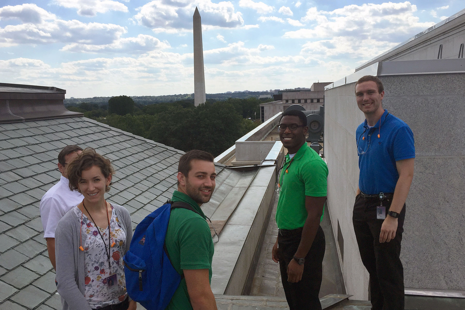 OFMR interns look out at the Washington Monument